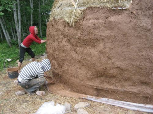 Learn to build a straw bale house