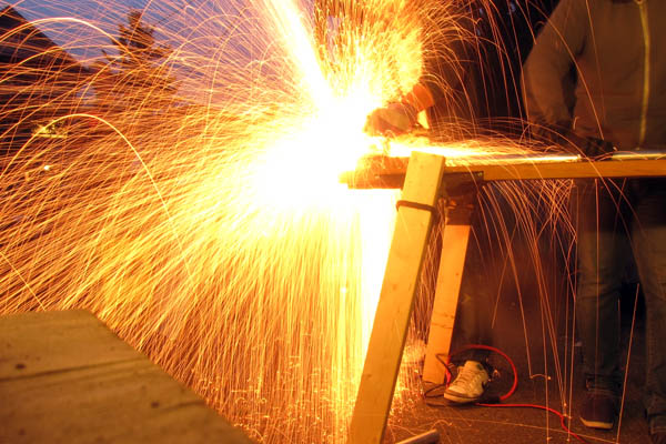 Cutting steel tubing with a circular saw